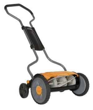 Fiskars 17 Inch StaySharp Plus Reel Mower 6207