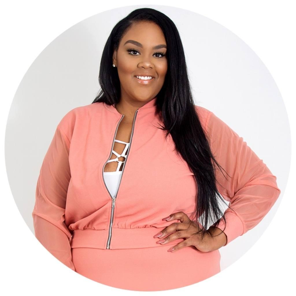 Mia the Boss Top 25 Plus-Size Fashion Bloggers