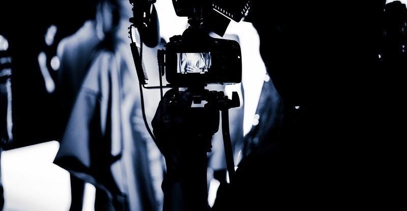 Bethany Mota camera 2