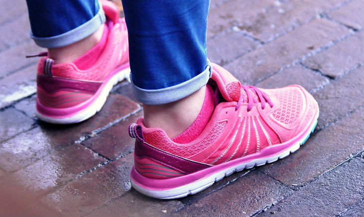 comfortable walking shoes