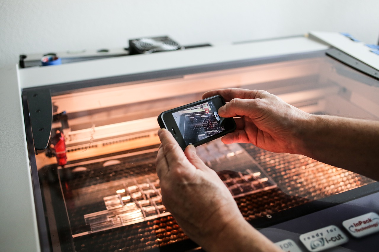 Flattening the Learning Curve: How Laser Cutter Accessories Will Help You Nail the Job